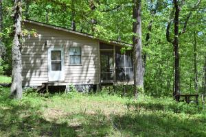 492 Spring Creek Road, Harriet, AR 72639