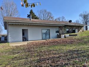 149 Hathcoat Road, Harrison, AR 72601