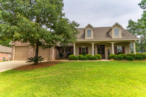 18 W Donnington, Hattiesburg, MS 39402