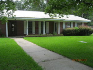 108 Walnut Ave., Seminary, MS 39479