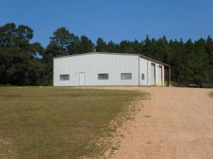 184 Central Industrial Row, Purvis, MS 39475
