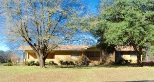 553 Lake Mike Conner, Collins, MS 39428