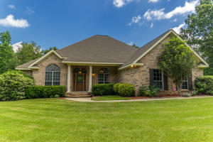 58 Pinedale Dr., Collins, MS 39428