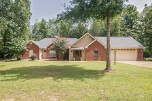 50 Pinedale Dr., Collins, MS 39428