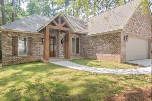 105 Rock Hill Rd., Sumrall, MS 39482