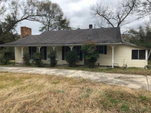 423 8th St., Purvis, MS 39475