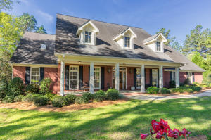 4 Clear Water Point, Petal, MS 39465