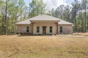 55 Higgins Rd., Sumrall, MS 39482