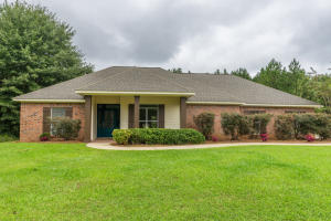 15 Pleasant, Sumrall, MS 39482
