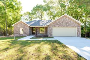 24 Charleston Point, Petal, MS 39465