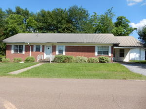 602 S 5th St., Collins, MS 39428