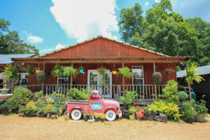 942 HWY 42, Sumrall, MS 39482