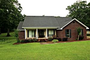 562 Macedonia Rd., Petal, MS 39465