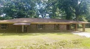 303 Simon St., Purvis, MS 39475