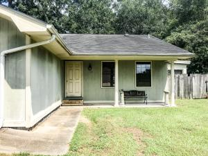 422 Lemoyne Ave., Hattiesburg, MS 39402