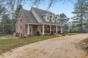 27 Cannon Dr., Sumrall, MS 39482