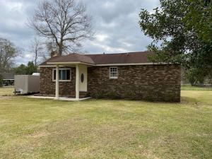 714 Brown Ave., Purvis, MS 39475