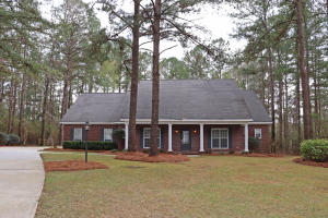 27 Crestwick Cir., Hattiesburg, MS 39402
