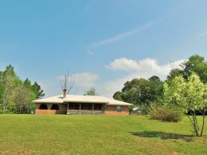484 Lawler Rd., Lumberton, MS 39475