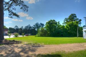 2773 Oak Grove Rd., Hattiesburg, MS 39402