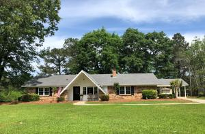 8 Windlass Dr., Hattiesburg, MS 39402
