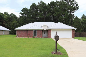 13 Longwood Place Dr., Hattiesburg, MS 39402