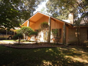 57 Beaver Lake Road, Purvis, MS 39475