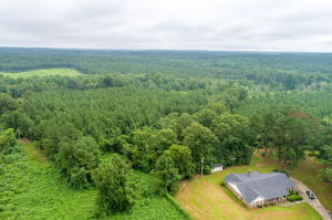 23 Green Acres Ln., Collins, MS 39428