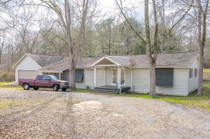 95 1st E St., Sumrall, MS 39482