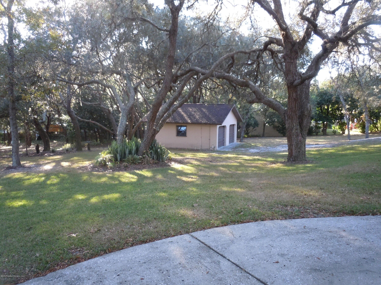 18621 Anglewood Drive