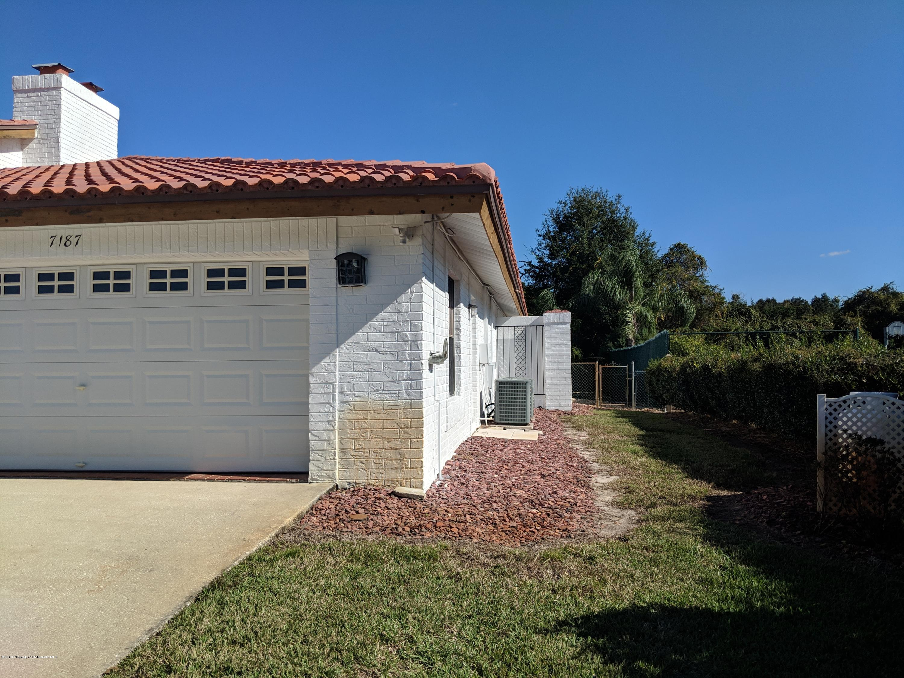 7187 River Country Drive
