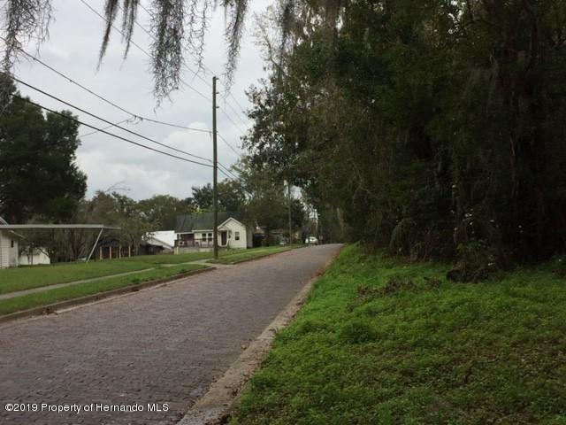 O Howell Avenue