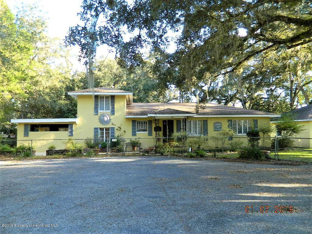 1030 Howell Avenue, Brooksville, FL 34601