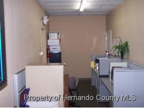 Listing photo id 10 for 921 S Broad Street