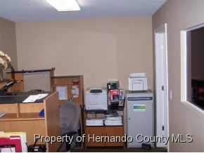 Listing photo id 15 for 921 S Broad Street