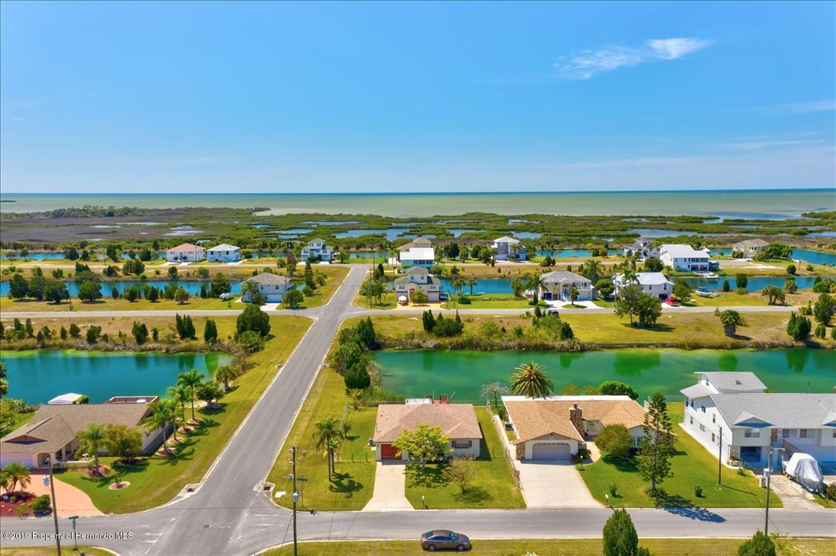 Listing photo id 45 for 3379 Crape Myrtle Drive