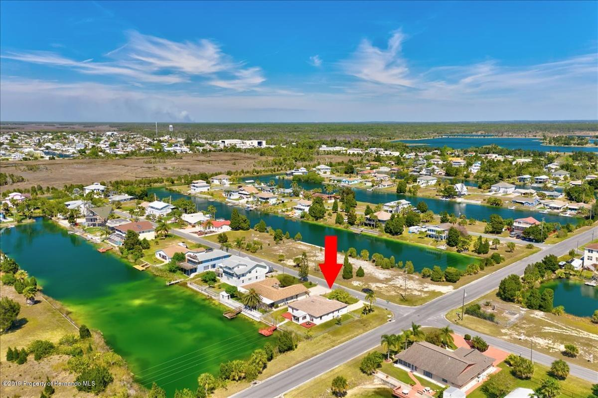 Listing photo id 46 for 3379 Crape Myrtle Drive