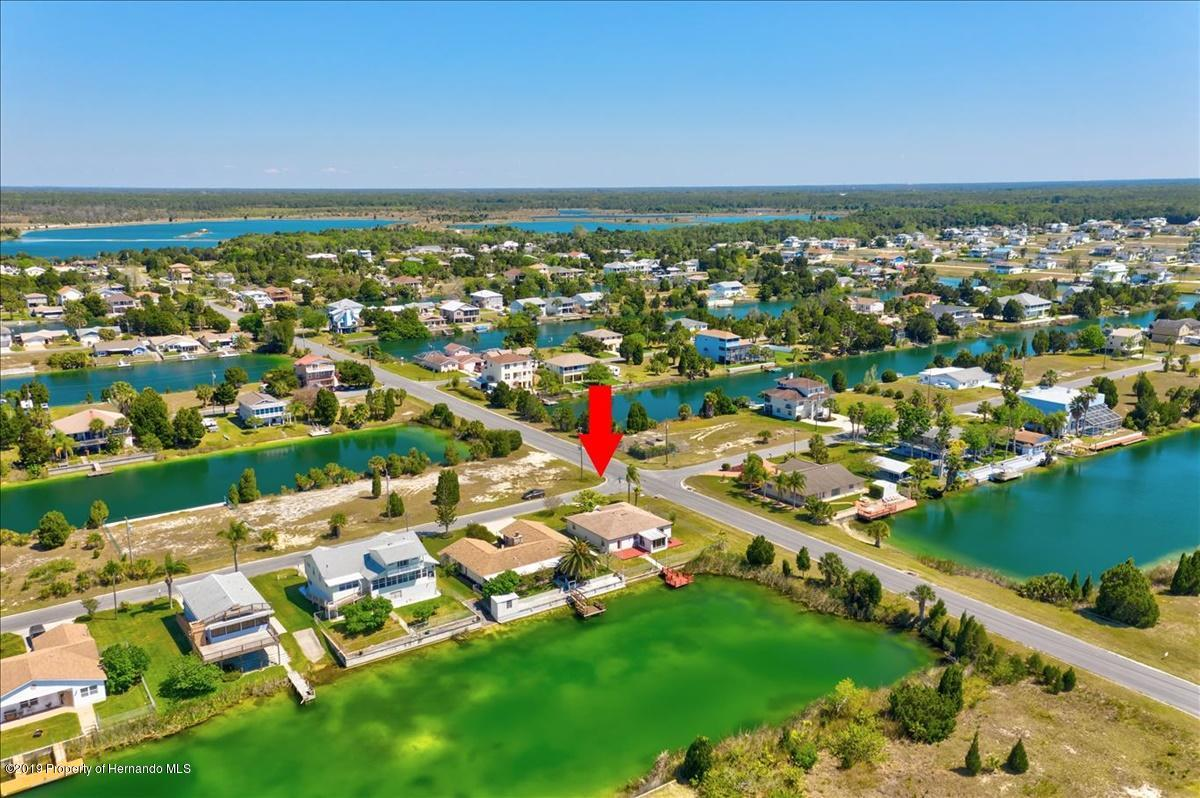 Listing photo id 51 for 3379 Crape Myrtle Drive