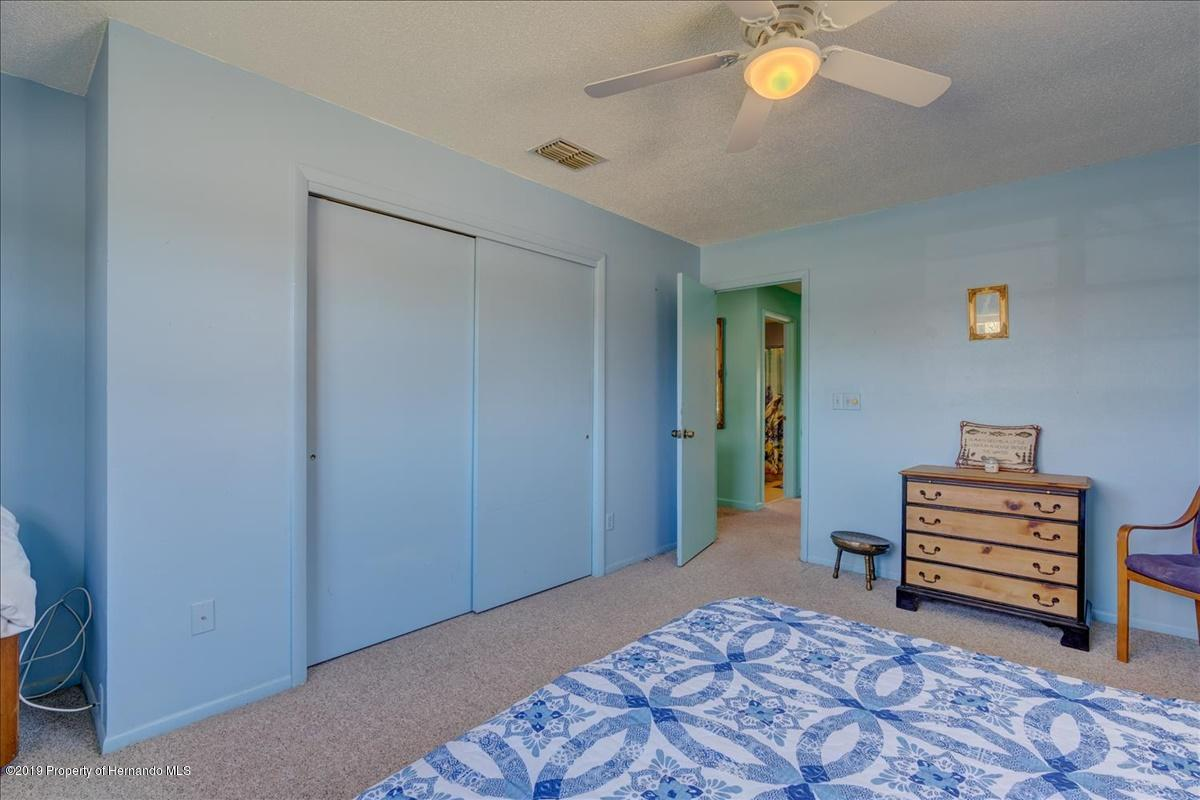 Listing photo id 27 for 3379 Crape Myrtle Drive