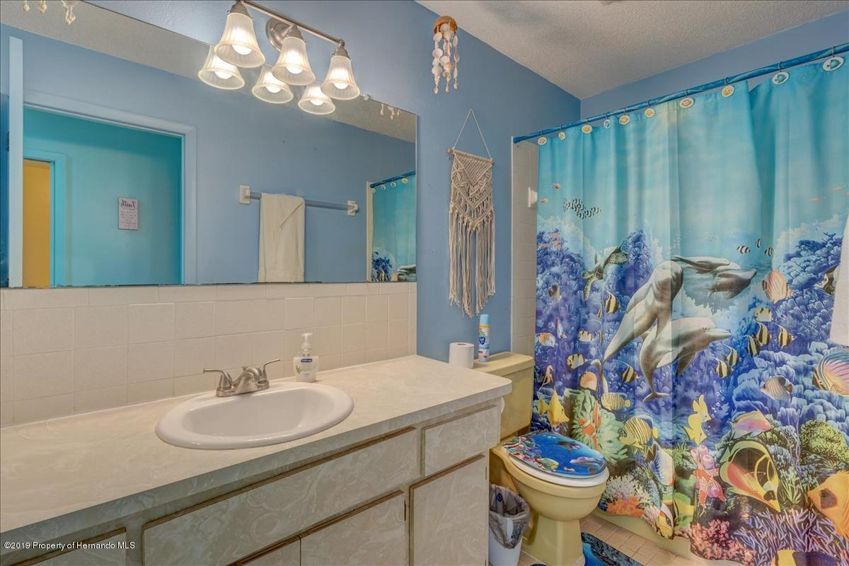 Listing photo id 28 for 3379 Crape Myrtle Drive