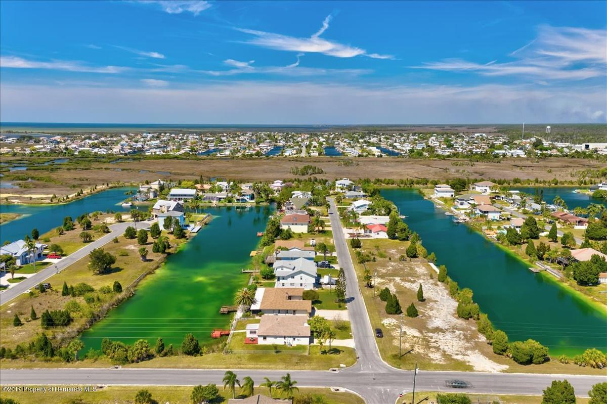 Listing photo id 55 for 3379 Crape Myrtle Drive