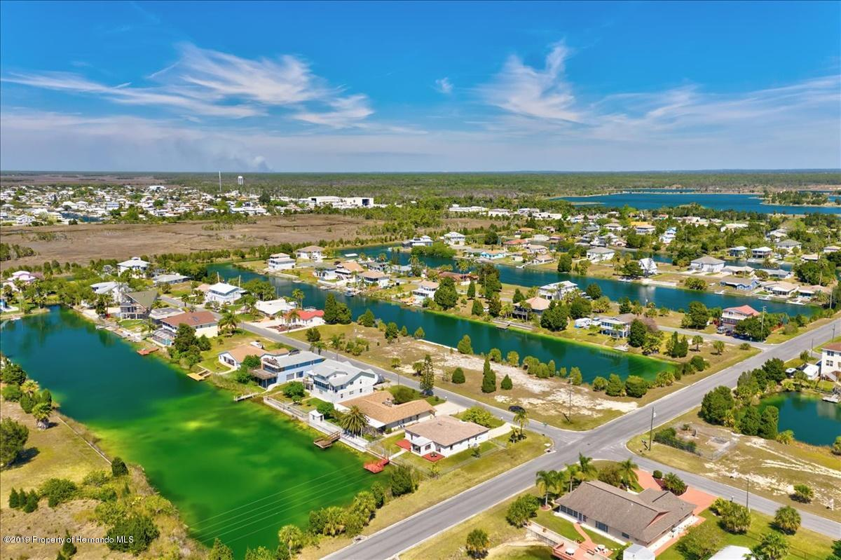 Listing photo id 56 for 3379 Crape Myrtle Drive
