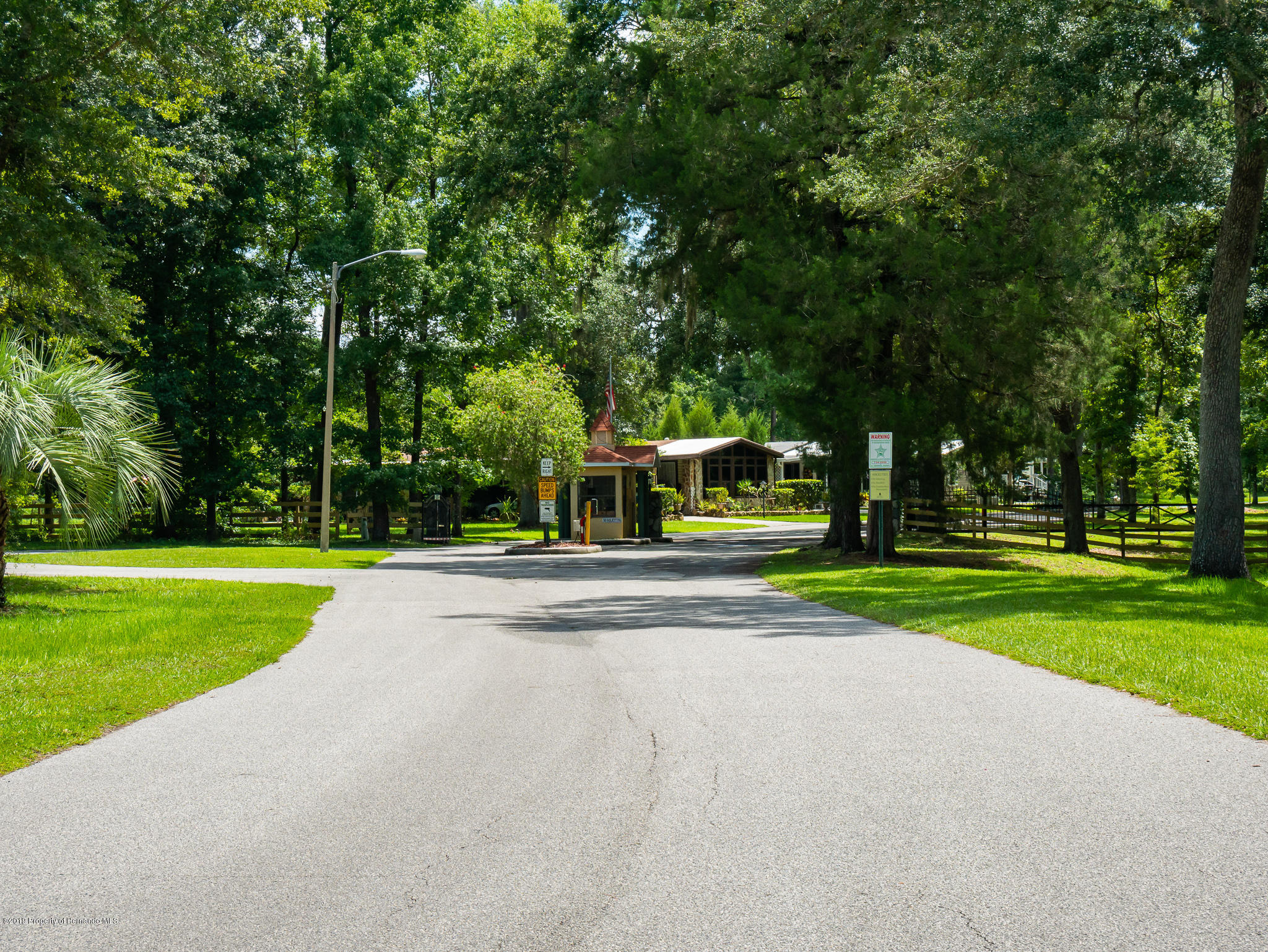 Listing photo id 4 for 0 Ayerswood Drive