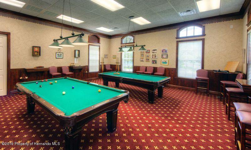 384 Barrington Court