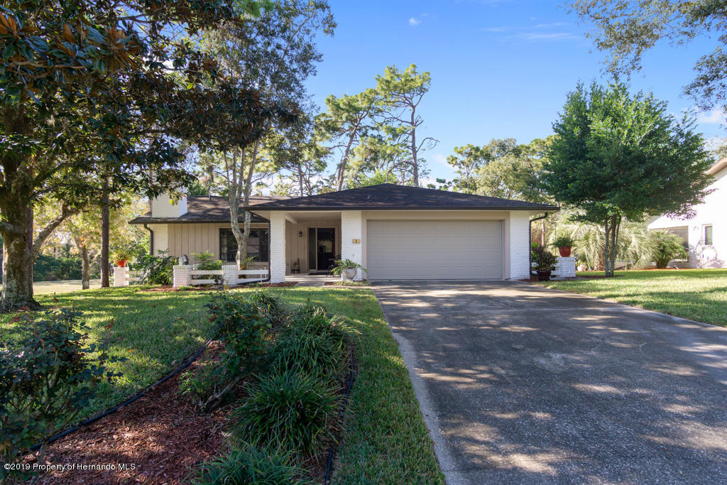 8 Graytwig Court, Homosassa, FL 34446