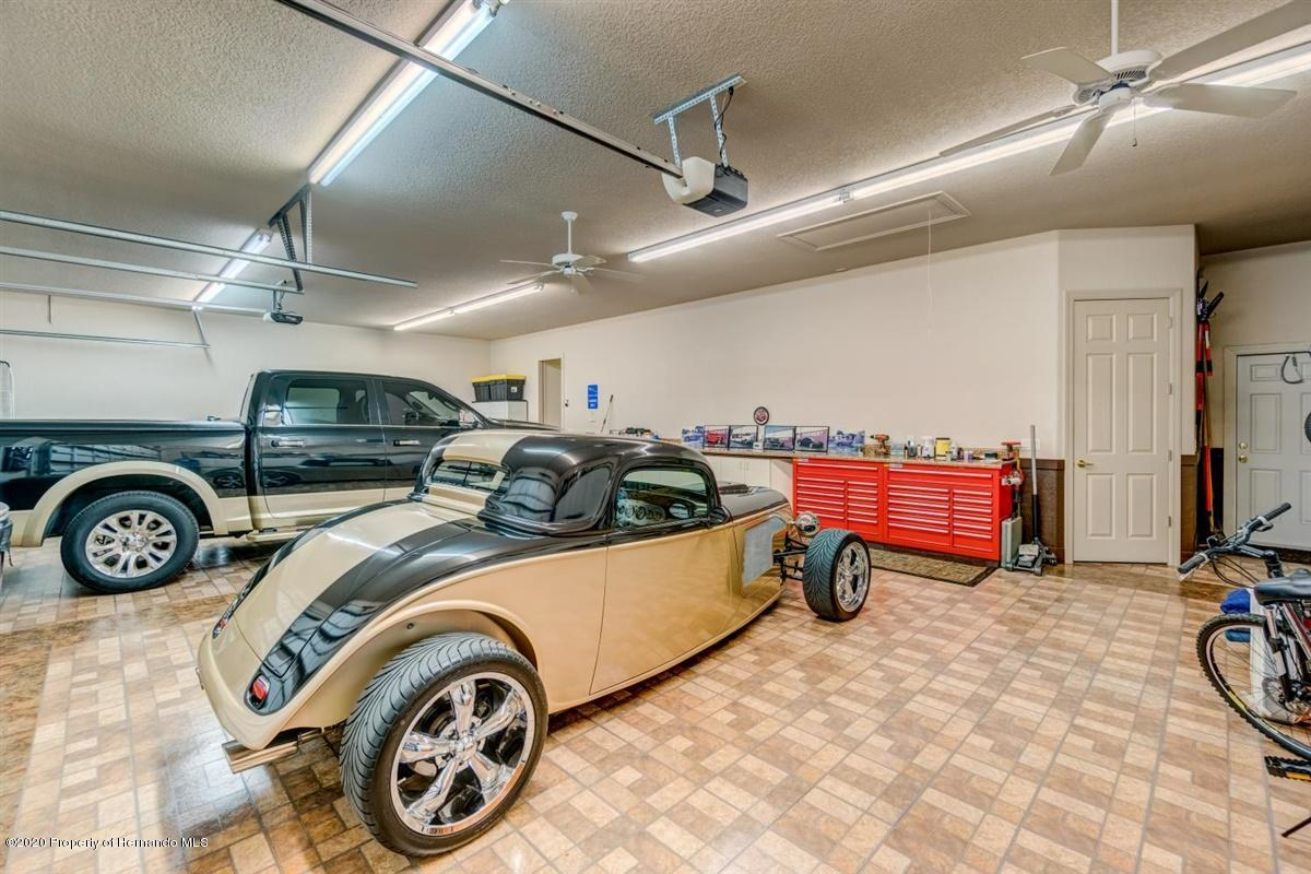 Lisitng Image number33 for 7305 Royal Oak Drive