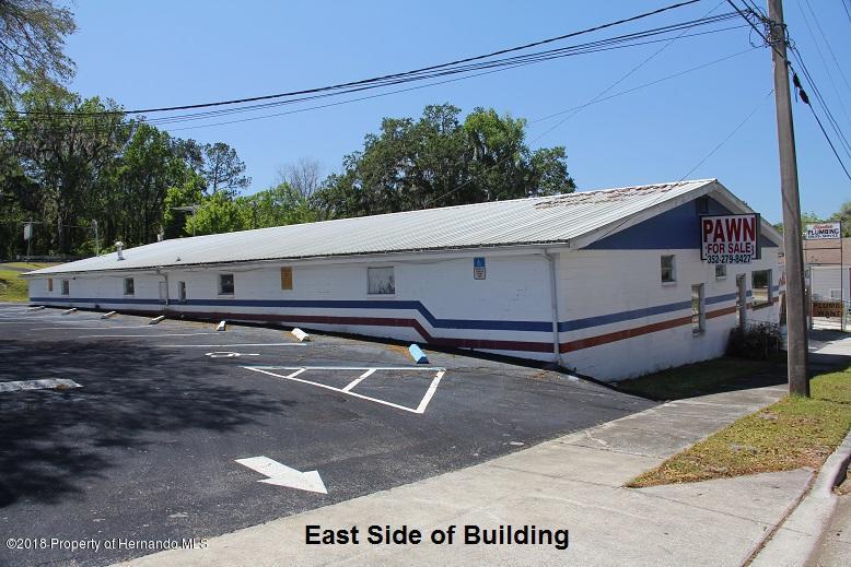 Listing photo id 2 for 315 W Jefferson Street