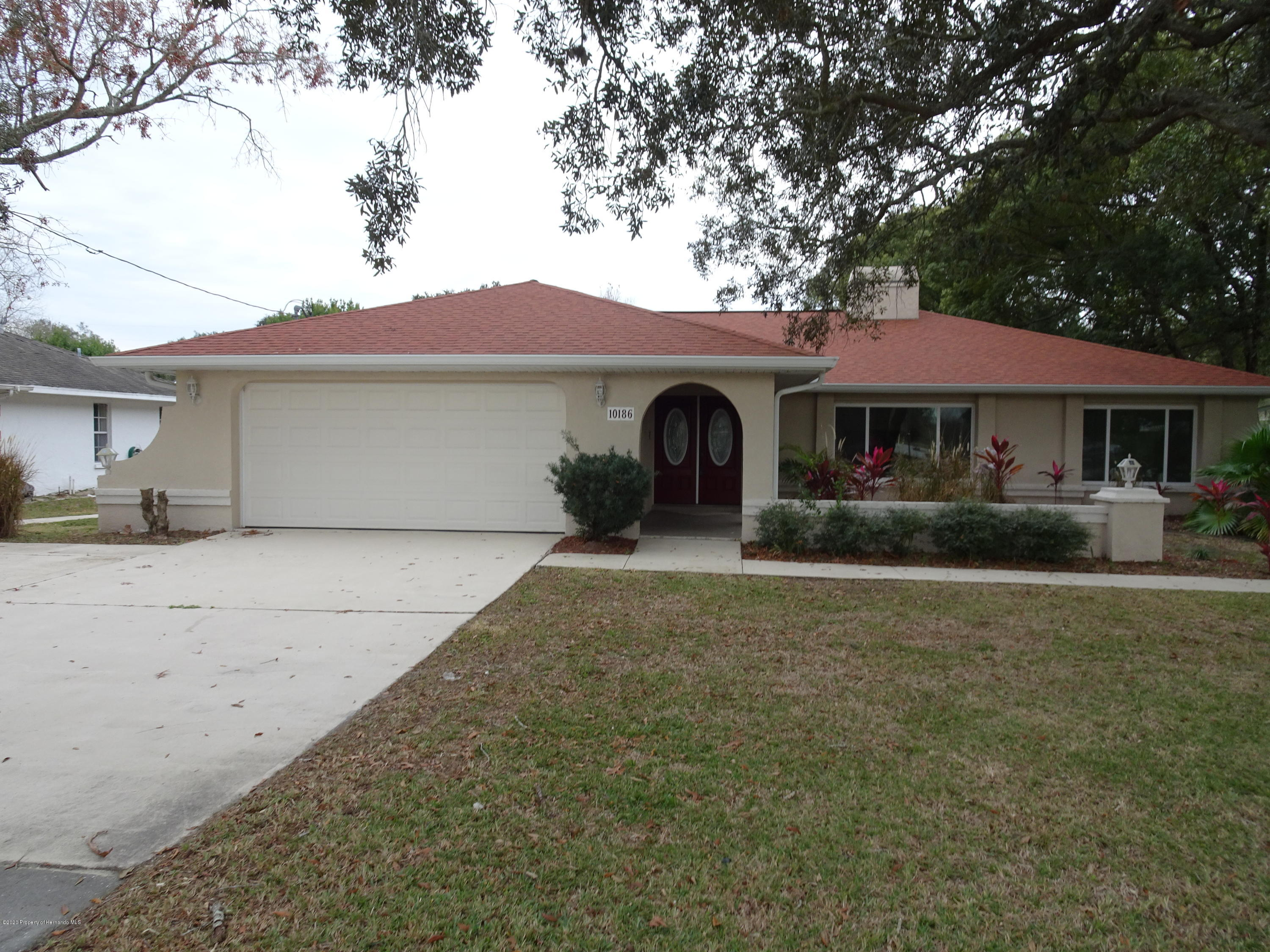 10186 Spring Hill Drive, Spring Hill, FL 34608