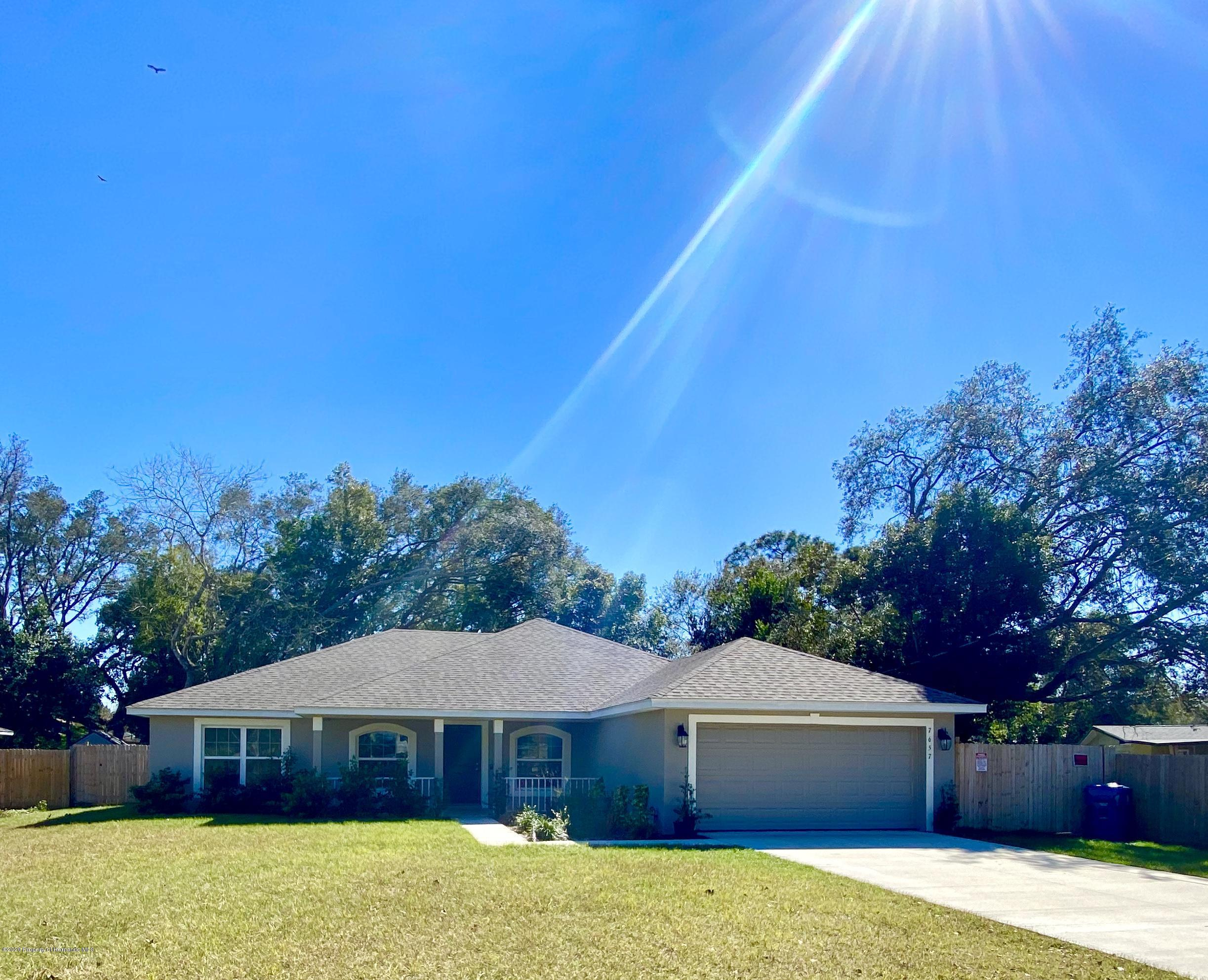 7657 Gates Circle, Spring Hill, FL 34606