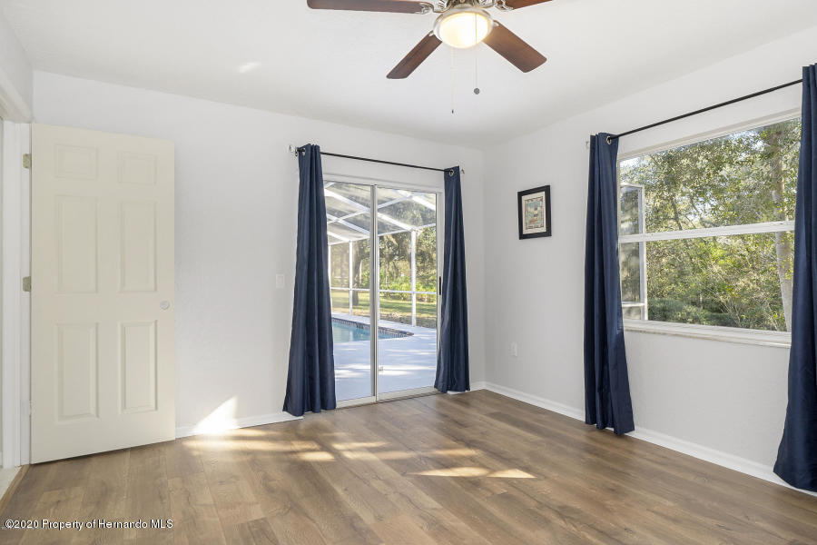 Image 11 For 11276 Woodland Waters Boulevard
